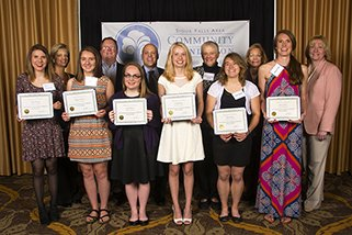Davenport Evans Awards $20,000 in Scholarships to Area Seniors